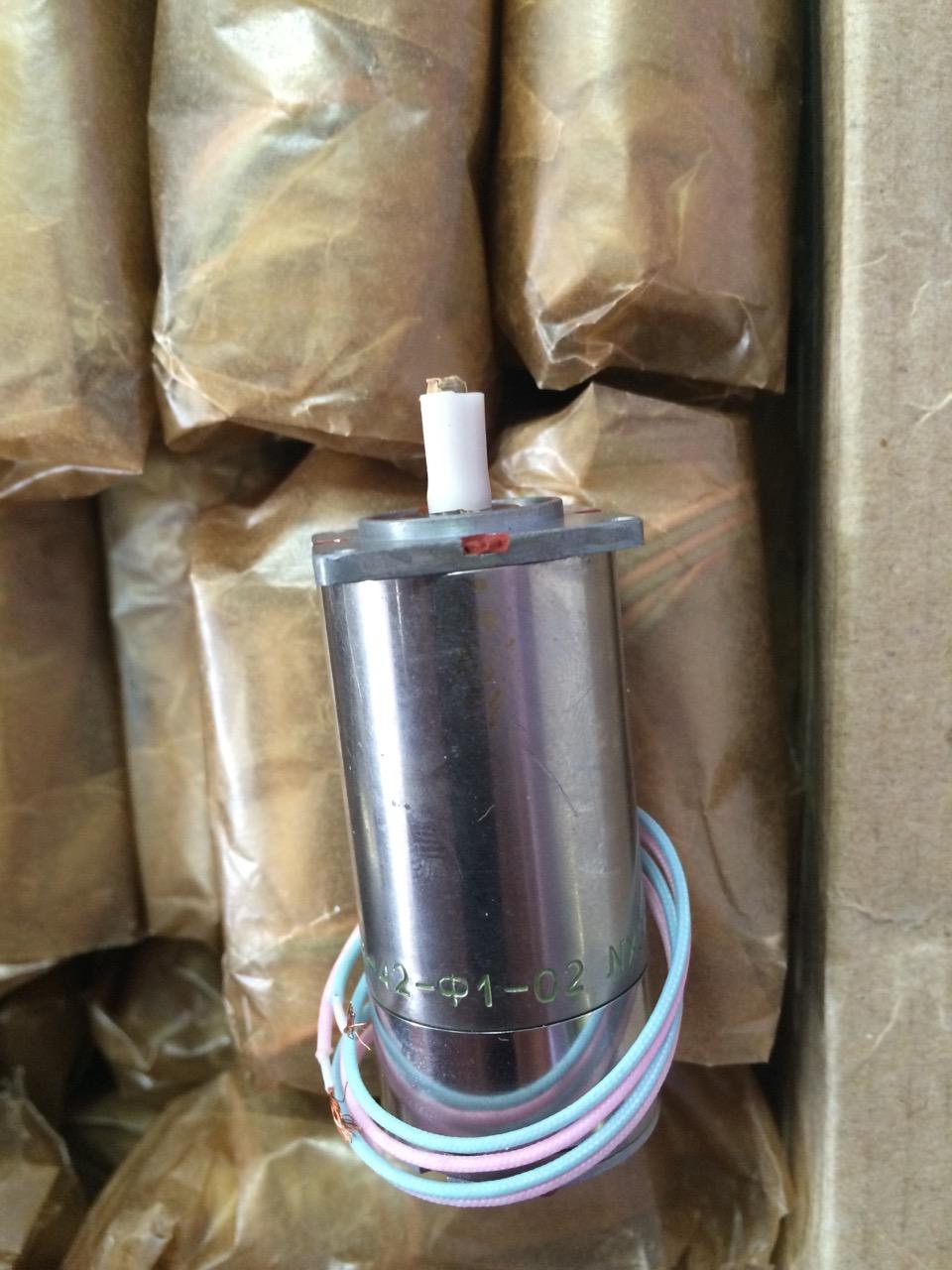 Продаем Электродвигатель ДПР-42-Ф1-02