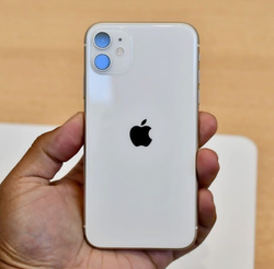 Смартфон Apple iPhone 11 (РСТ) 64GB White